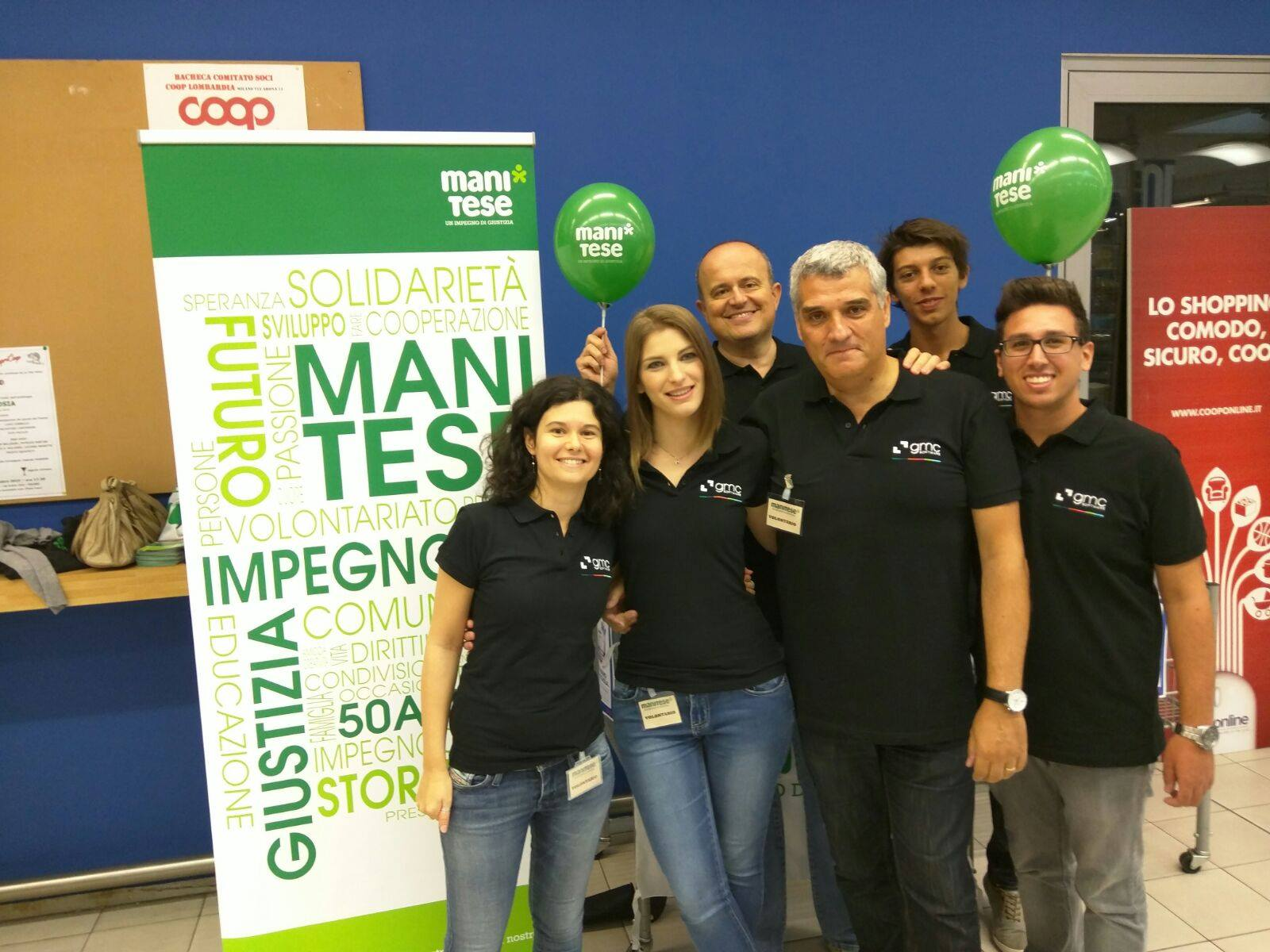 GMC Italia team collected school supplies